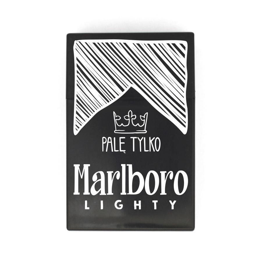 33 Palę tylko Marlboro lighty